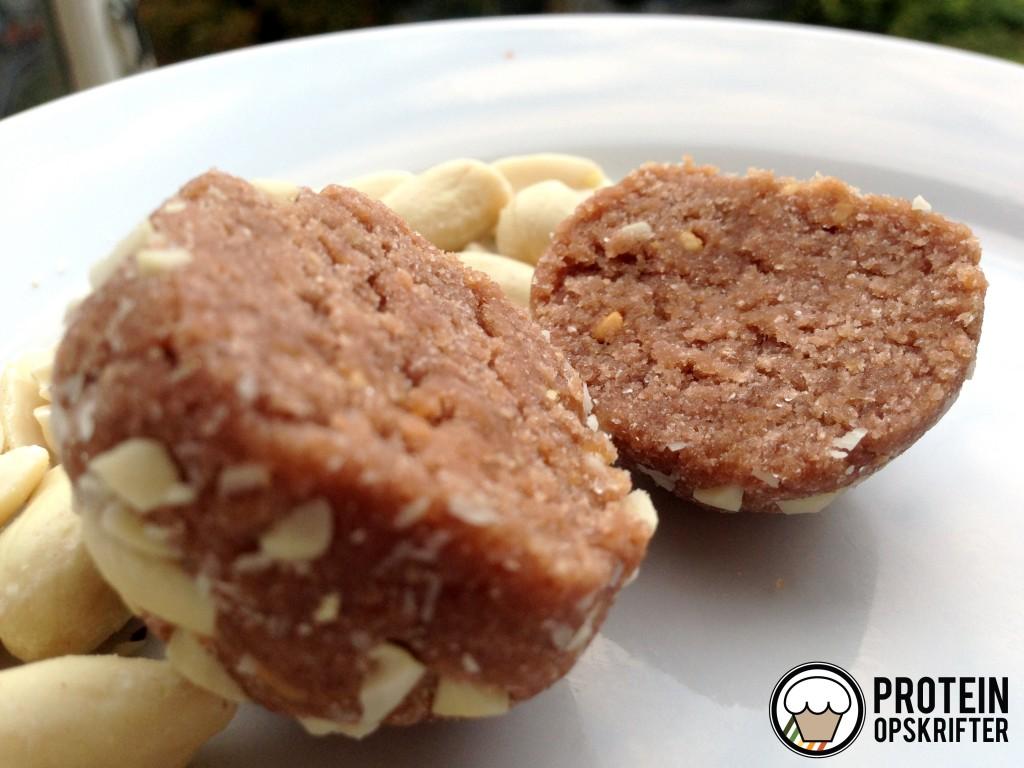 proteinkugler med banan og peanutbutter